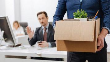 Как происходит увольнение сотрудника по его собственному желанию: пошаговый алгоритм
