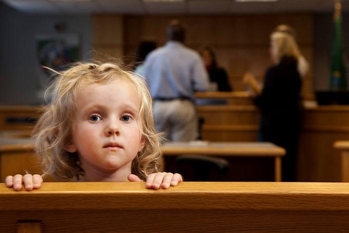 ребенок в суде